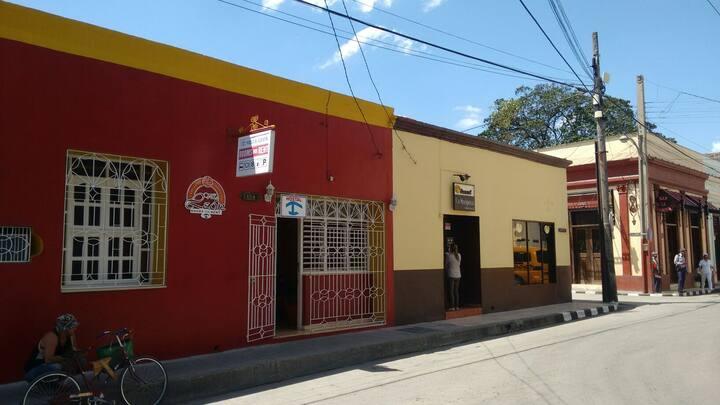 Hostel Villa León