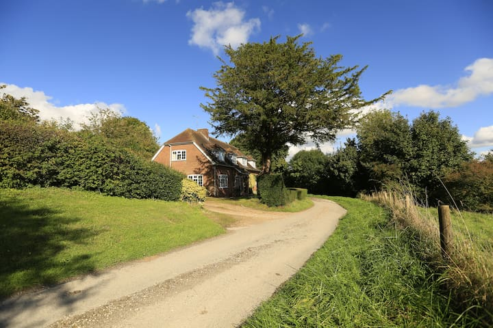 Wiltshire- Private home with outstanding views
