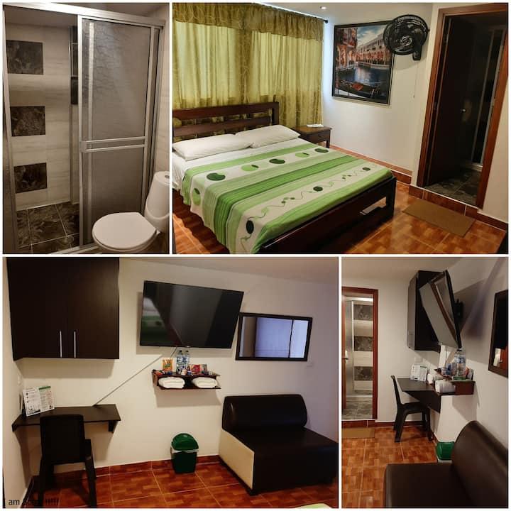 """""""Hotel Confortel, Alojamiento tranquilo y cómodo"""""""