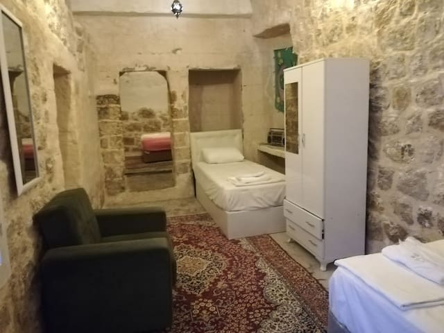 Historical Stone House-Tarihi Taş Ev HAYYAM APART1