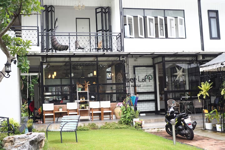 Sherloft I Private Room in Chiangmai Old City