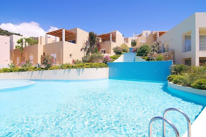 Plakias View Pearl with pool, 5' from beach