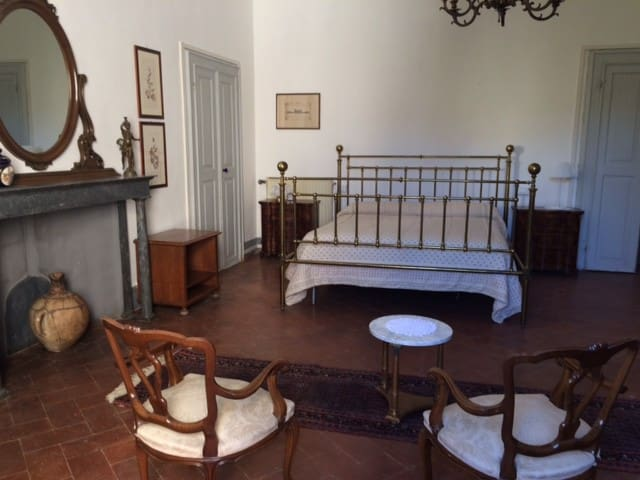 A room in the Heart of Tuscany - Cascina - Hus