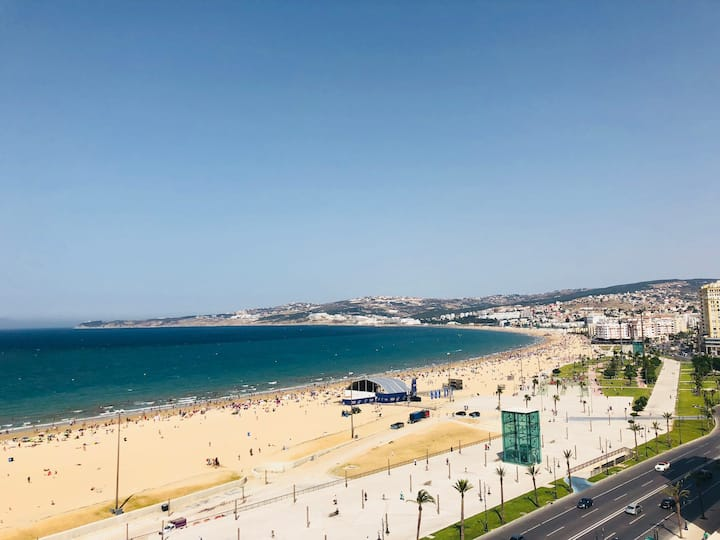 Bel Appartement Corniche Oceanfront Playa Rooftop
