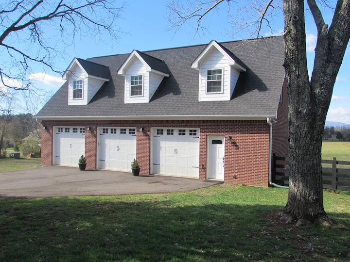 Anchor Acres Guest House