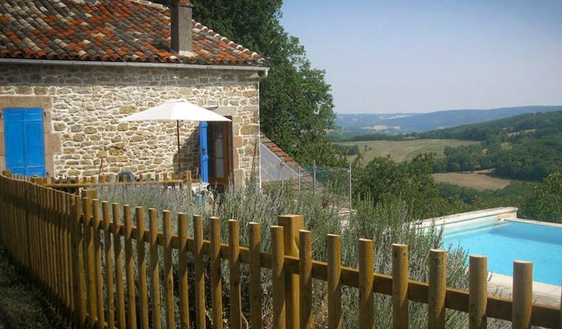 Secluded hideaway with private pool - Saint-Antonin-Noble-Val - Dům