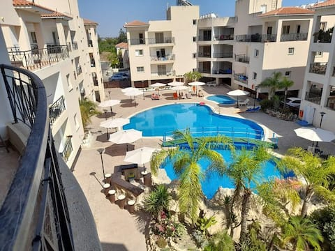 Camel Oasis Apartment close to the beach