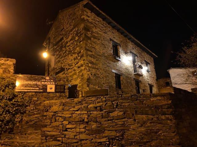 Gran Reino Rural; Pico Aitor
