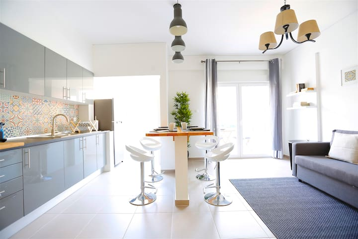 Oeiras Feature Apartment