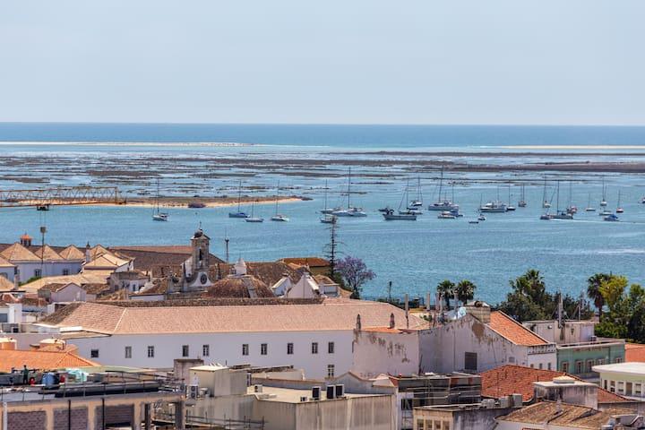 Mickya Room! Best Central Location in Faro