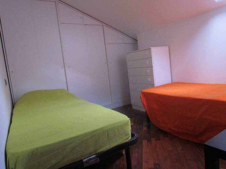 Camera 2 con letti singoli