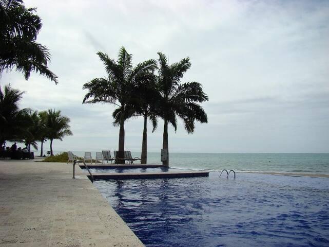 Suite en Tonsupa en Makana Resort frente al mar - Tonsupa - Condominium