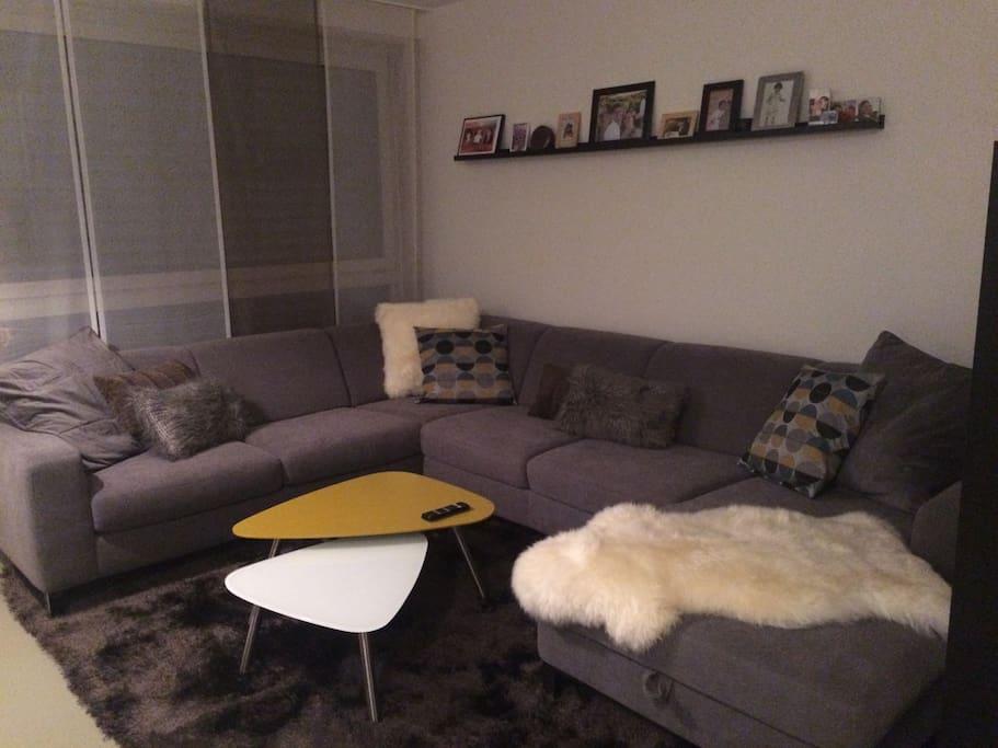 Grosses U-Shape Sofa mit Bettfunktion und Bettkasten