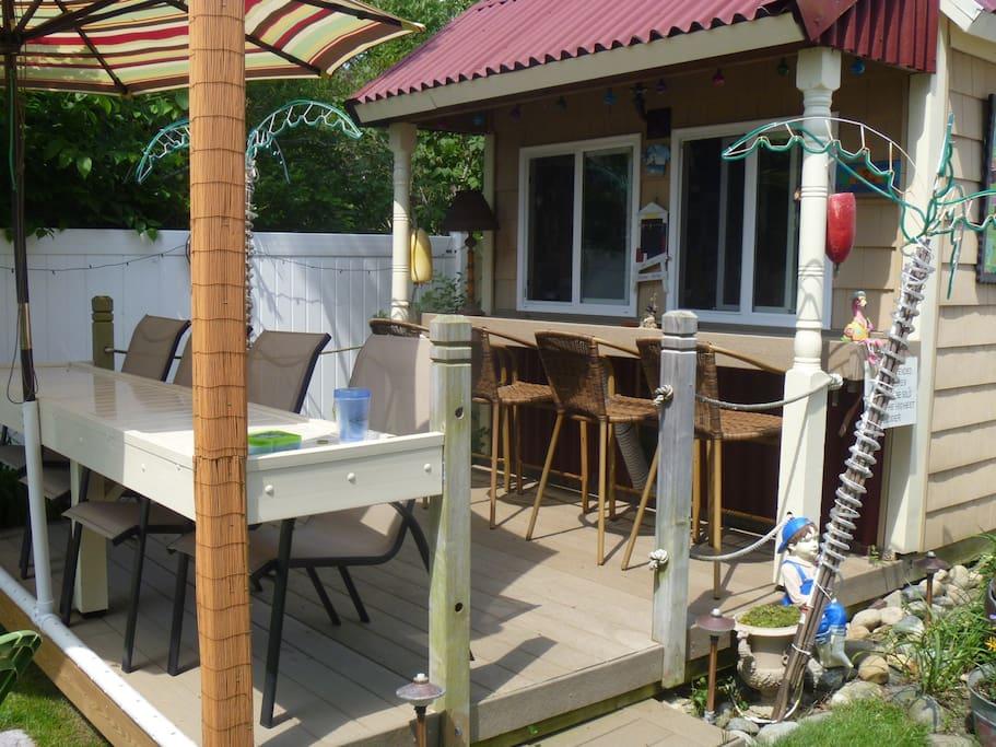 Back yard bar and BBQ