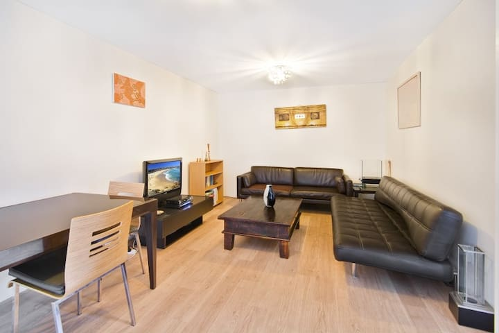 Manly Vale Fully Renovated 2 bedroom apartment - Manly Vale - Apartamento