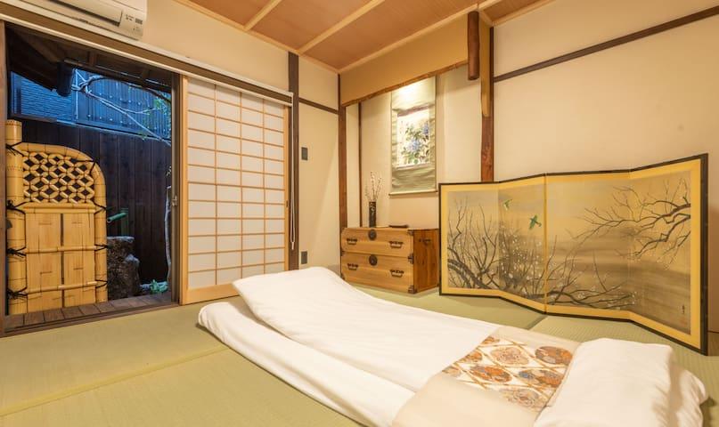 一层和室卧室 Japanese style bedroom on the first floor
