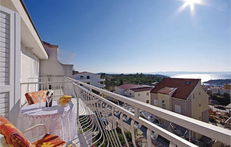 Holiday apartment with 1 room on 19m² in Makarska