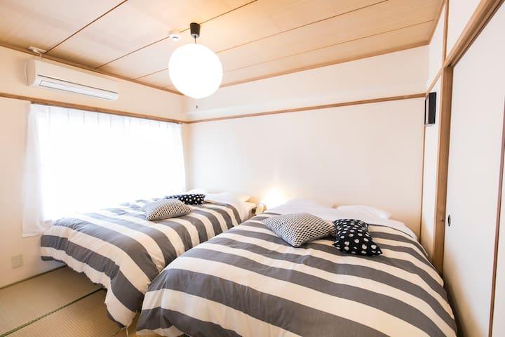 bedroom with comfy beds