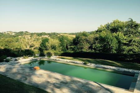 Villa 180m2, Piscine 12m vue imprenable PBasque - Hasparren - Hus