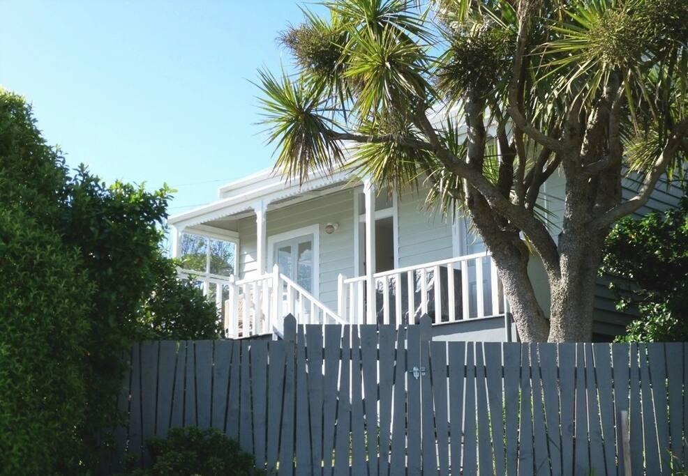 Sea Greene Cottage front gate
