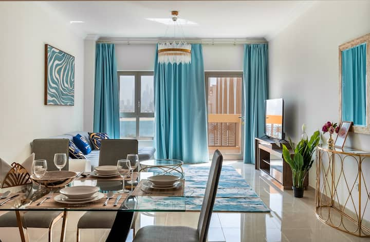 Bright 1bd 110m2 in Palm. Pool, Gym, Beach,Parking