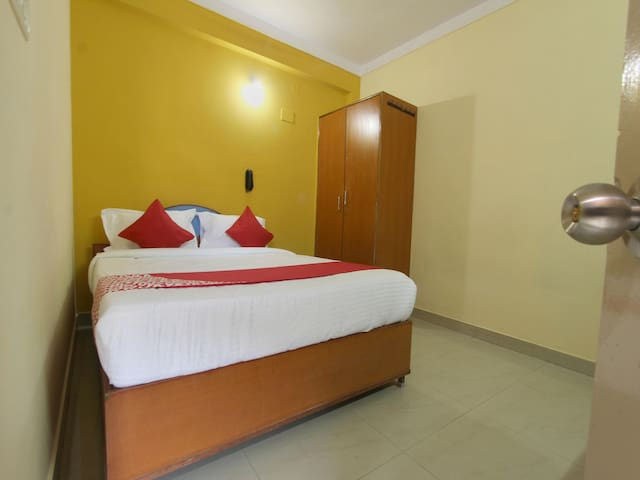 Classy 1 BR stay in Mathikere Bangalore