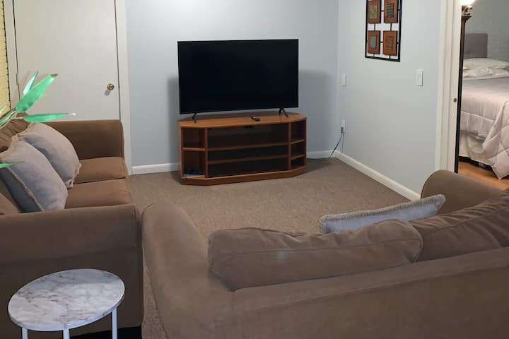 Apartment near Cornell University, Pura Vida