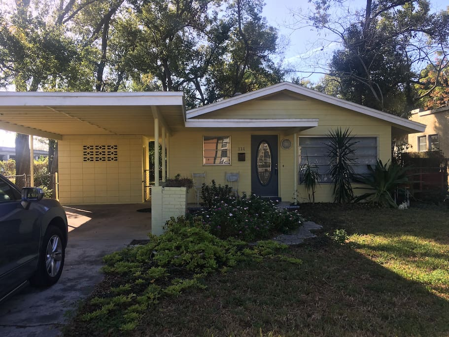 1960's Florida home located in College  Park (city of Orlando)