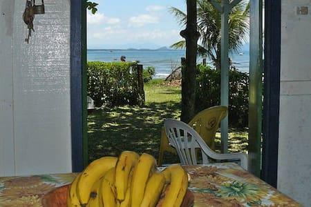 Casa, praia Encantadas, Ilha do Mel - Paranaguá