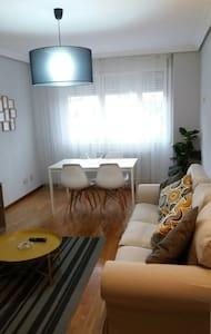 Apartamento  cerca clínica Fernández Vega