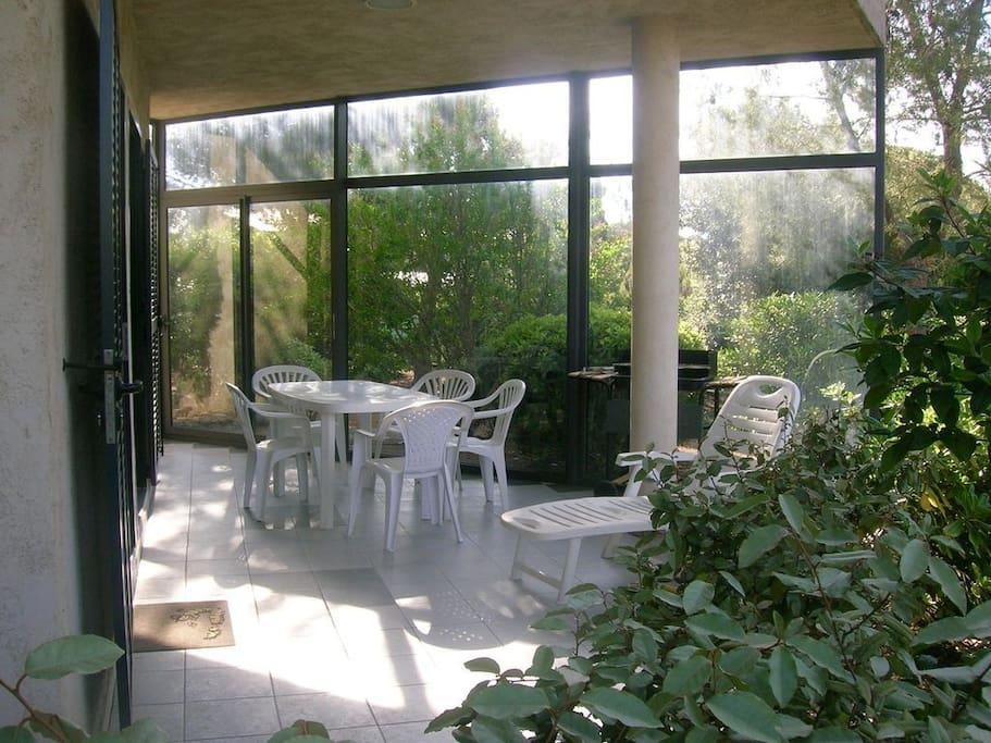 Terrasse véranda