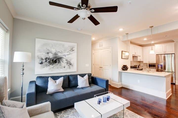 Upscale 2BR Living in Myers Park | Near Hospital