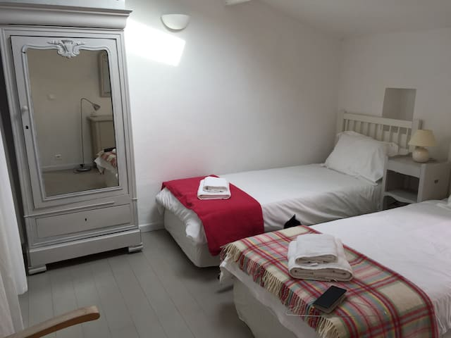 Our bright twin bedded room can be converted to a double bed if preferred