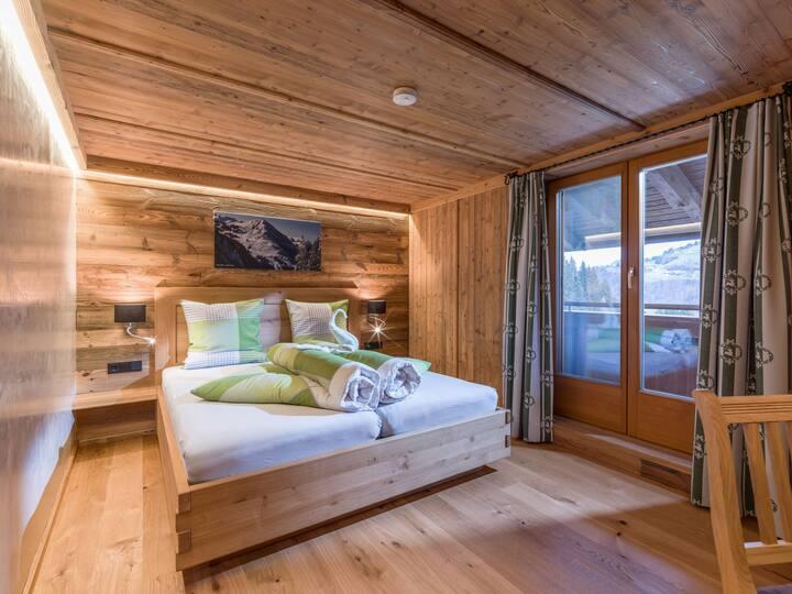 Achrainer-Moosen, (Hopfgarten im Brixtal), Hohe Salve, 50qm, Balkon, 2 Schlafzimmer, max. 6 Personen