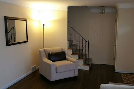 Room close to Cleveland Clinic-118 - Lyndhurst - Dom