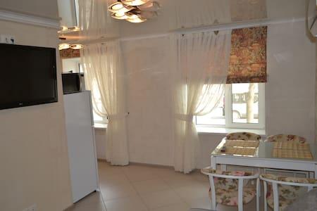 2-х комнатная с теплыми полами - Mykolaiv - Wohnung