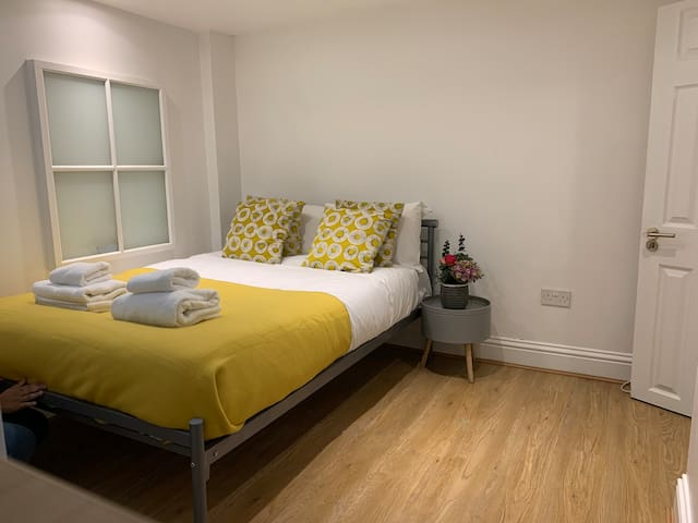 Capital Stay Archway - Ensuite Deluxe Double
