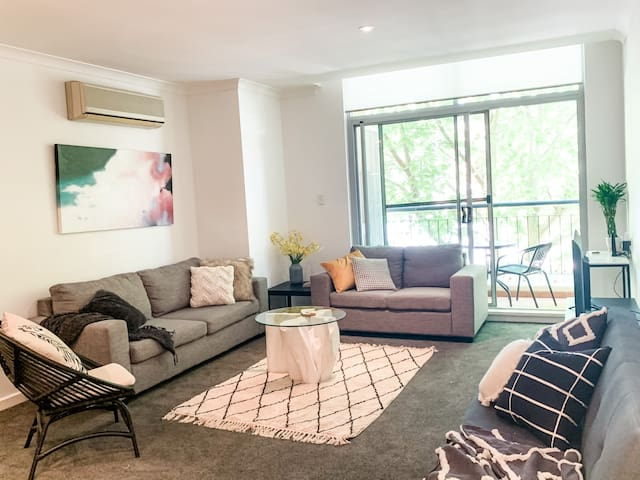 Isolation Ready!!  Sanitised!  Local Cafe Delivery!!  Large One Bed Apartment. Pool On-site Perfect Location. Walk to Optus Stadium & City. Free bus at doorstep