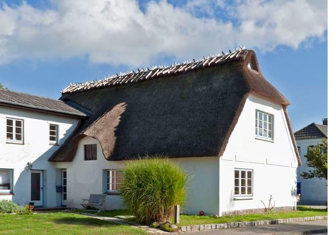 Ferienwohnung Sonnenschein - Rabenholz - House