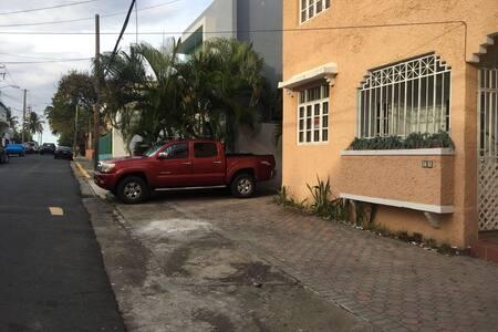 Little house Villa Coqui beach !!!! - San Juan - Villa