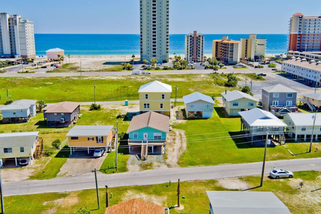 aerial view - only a couple blocks from the beach