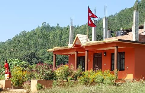 Village homestay. Ideal stop between KTM & Pokhara