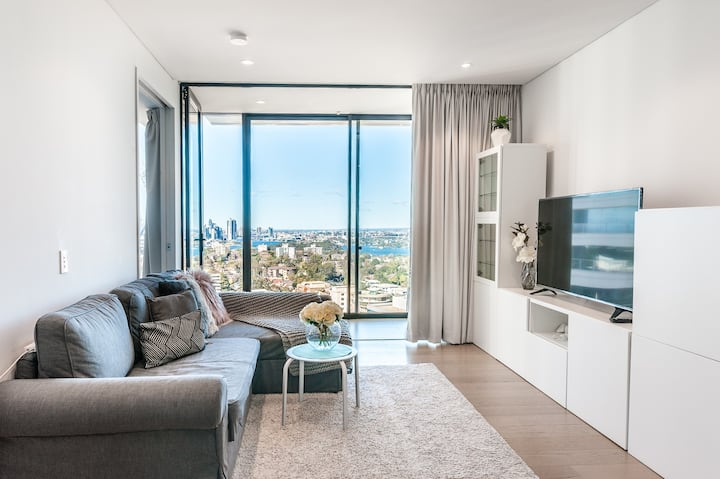 FREE PARKING Modern apartment Sydney harbour view