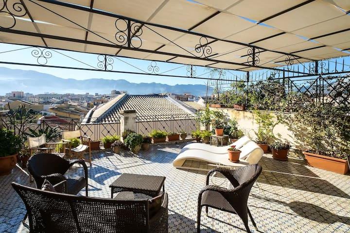 Palazzo Cattolica attic loft with fabulous terrace
