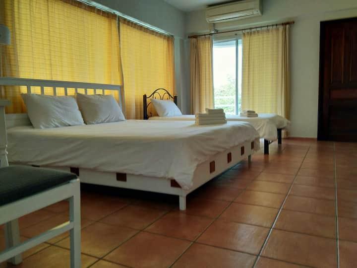 Room near Bangsaen beach