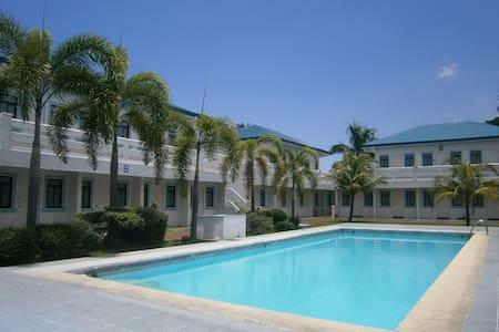 Alabang Guest house 알라방 게스트하우스 - Las Piñas - Bed & Breakfast