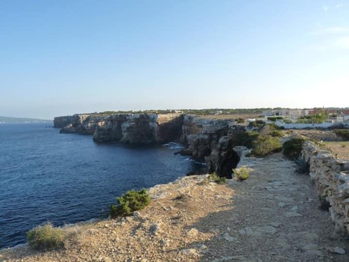 Casa con vistas al mar y a la isla de Ibiza