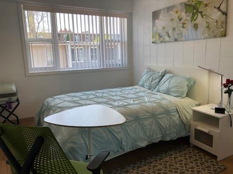 ハイドパーク/UC新しく改装された個室# 2