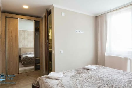 SnowTime House (Отдельная комната) - Mestia - Bed & Breakfast