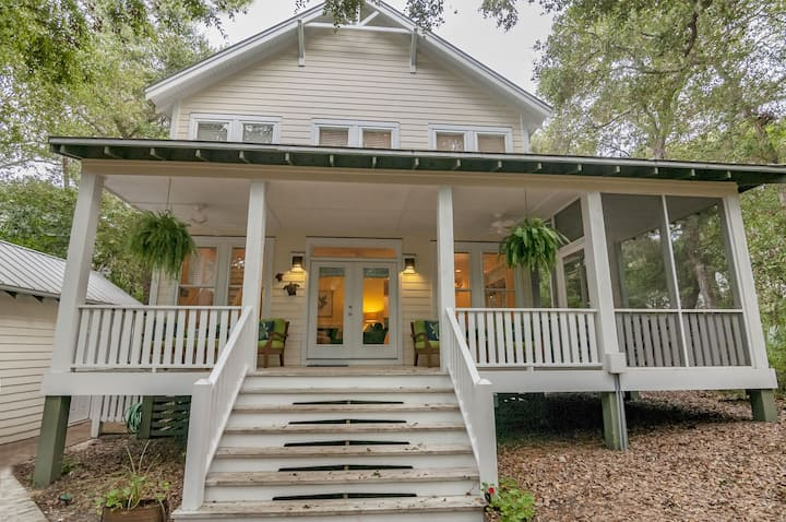 Welcome to Live Oak Cottage